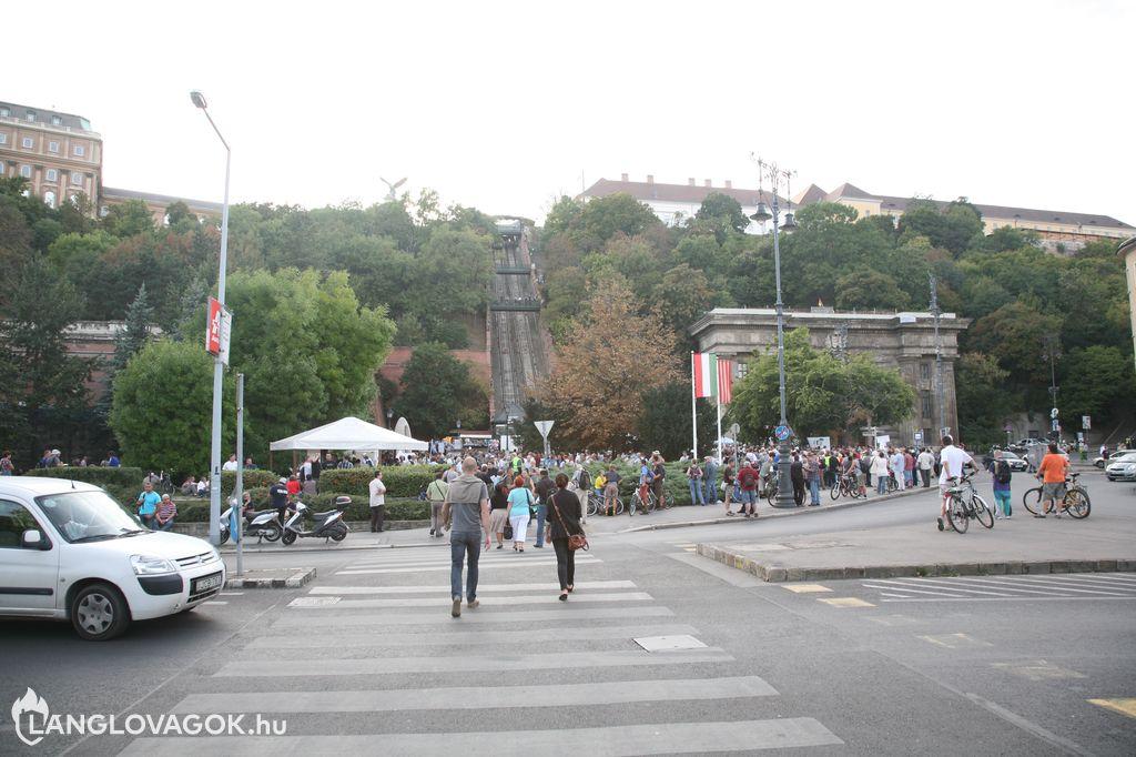 D-Day ülősztrájk kezdődött Budapesten