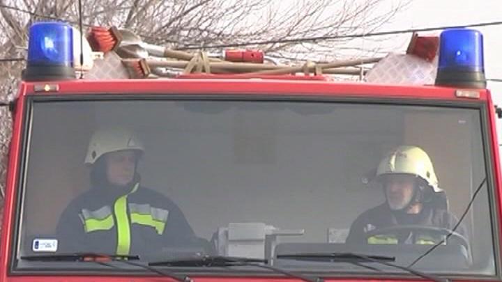 Adj elsőbbséget a tűzoltóknak!
