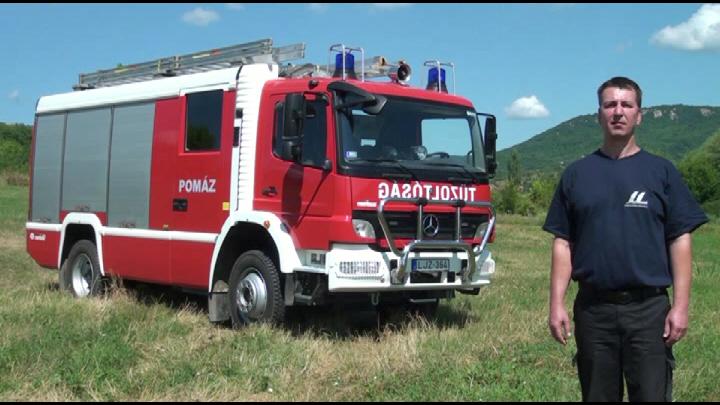 Tűzoltógépjármű-fecskendő