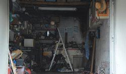 Gépjárműtárolók tűzvédelmi problémája a panelházakban