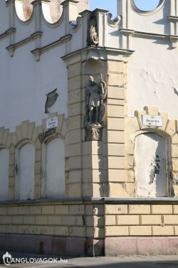 Szent Flórián-szobor a VII. kerületben