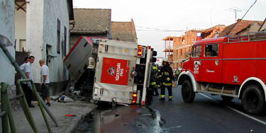 Paksi tűzoltók balesete