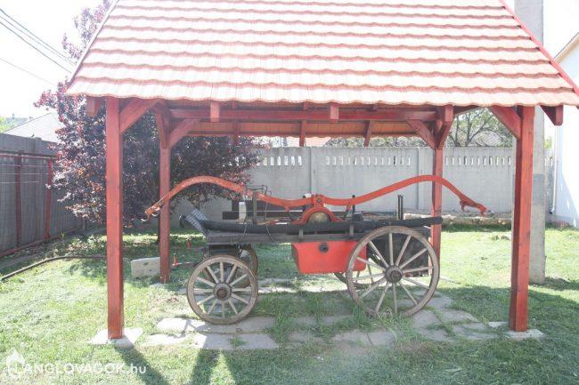 Kocsifecskendő a tűzoltóságnál Móron (Fotó: Kis-Guczi Péter)