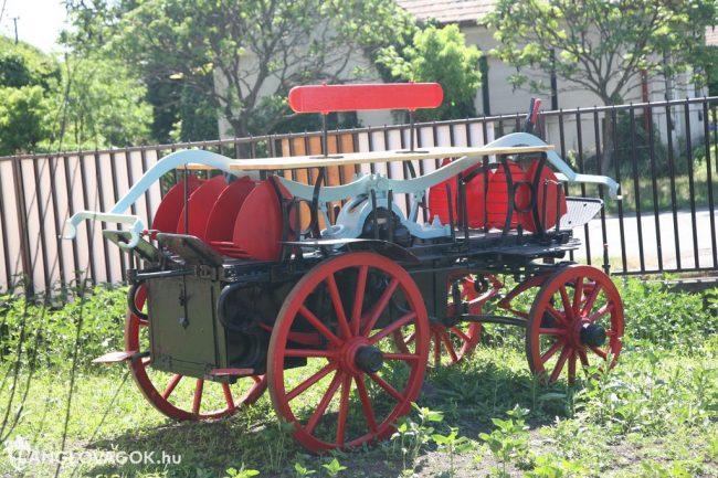 Kocsifecskendő a tűzoltóságnál Füzesabonyban (Fotó: Kis-Guczi Péter)