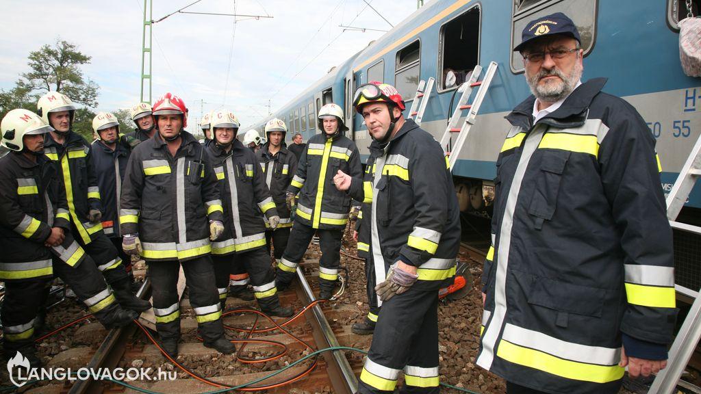 A tűzoltás vezetésének átadása-átvétele