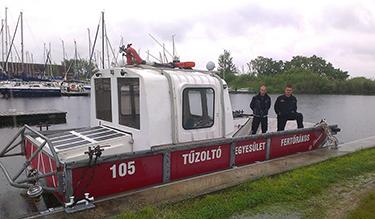 St. Flórián tűzoltóhajó a Fertő-tavon (Fotó: Fertőrákos ÖTE)