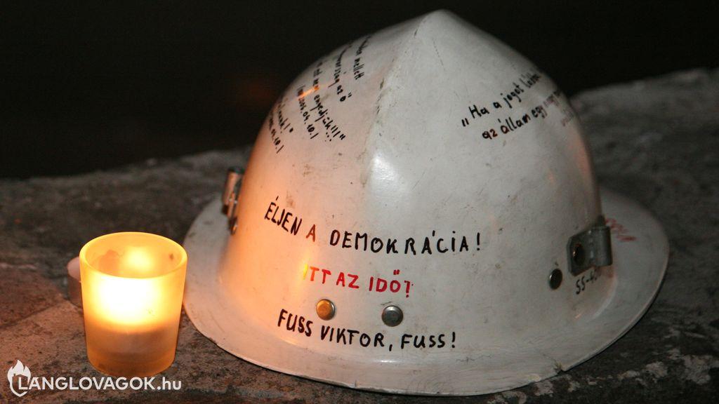 Véleménynyilvánítás korlátozása a hivatásos tűzoltóknál