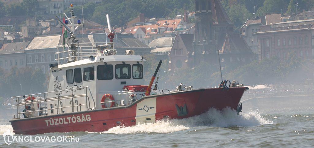 Szent Flórián tűzoltóhajó