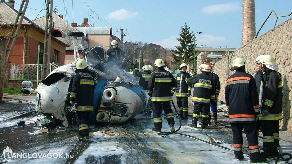 Légi járművek tüzeinek oltása