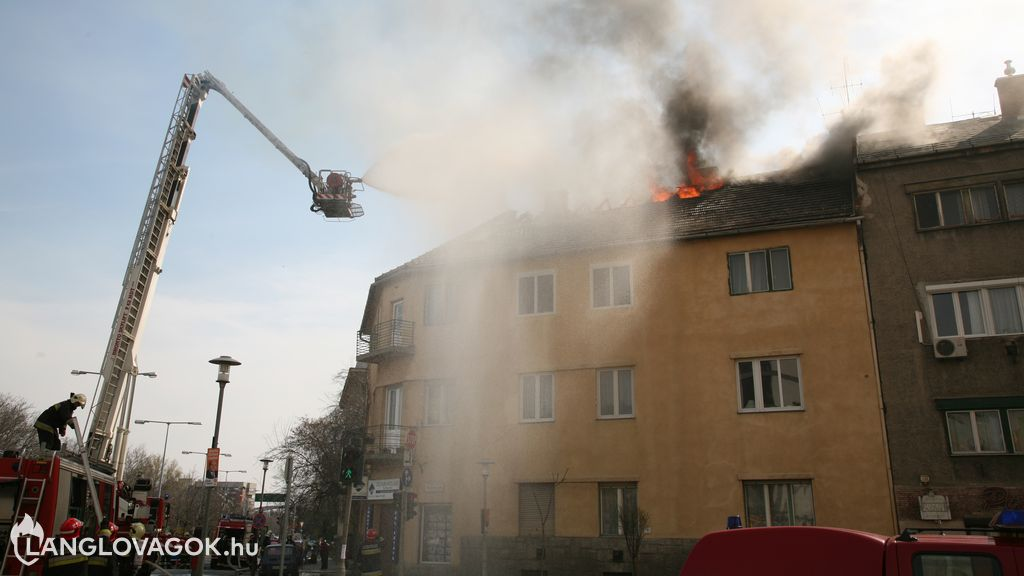 Ingyenes e-learning a társasházak tűzvédelméről