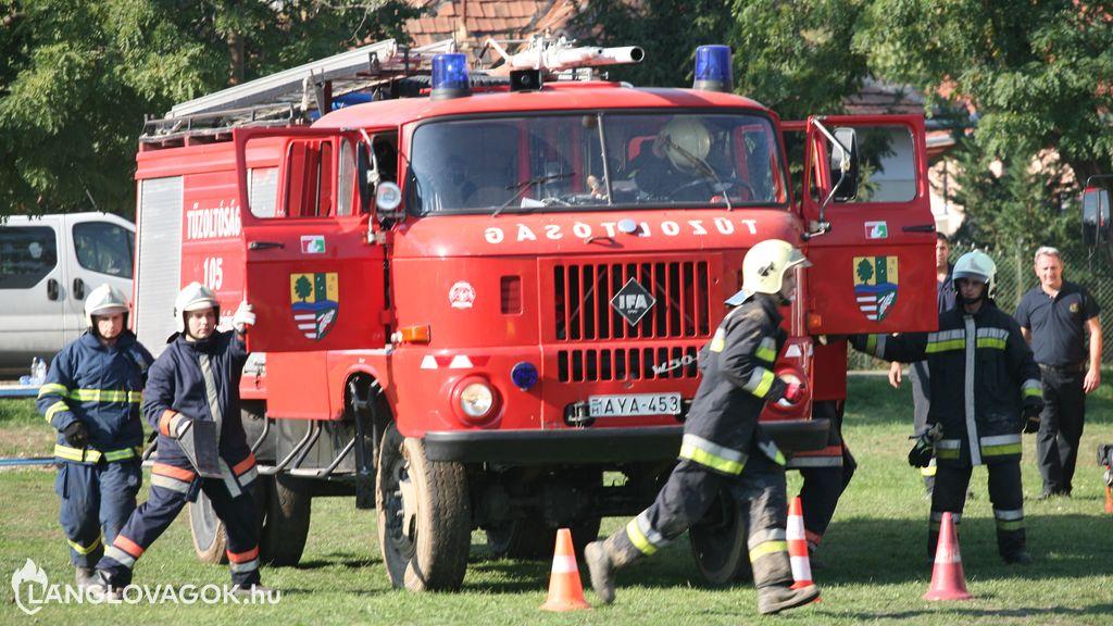 IFA gépjárműfecskendő [AYA-453]
