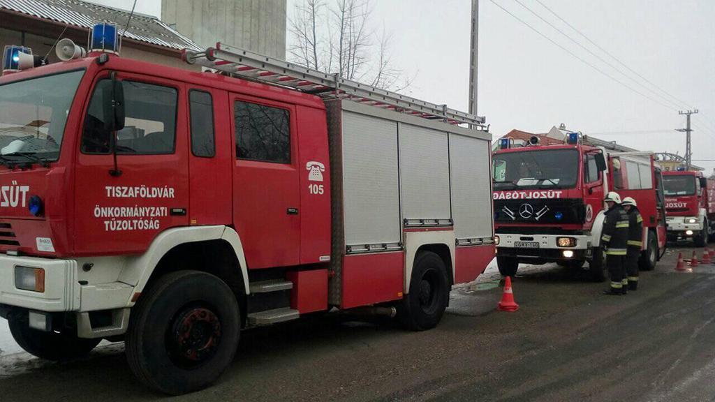 Beosztott tűzoltó és gépjárművezető Tiszaföldváron