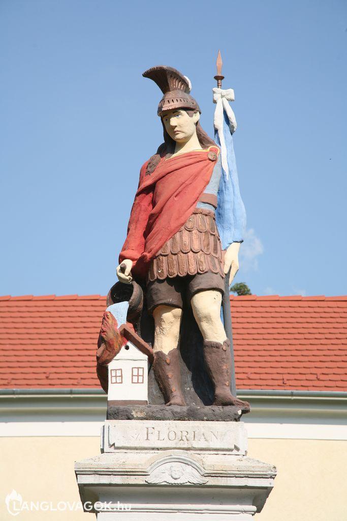 Szent Flórián-szobor Mohácson (Fotó: Kis-Guczi Péter)