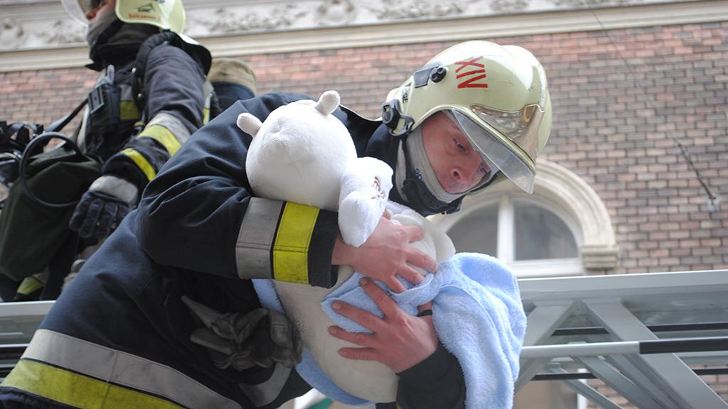 Hivatásos tűzoltó Budapesten