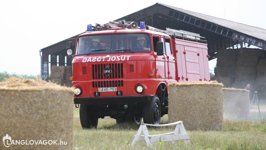 IFA gépjárműfecskendő [AVE-753]
