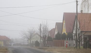 Kicserélték a tűzcsapot Helvécián (Fotó: Kis-Guczi Péter)