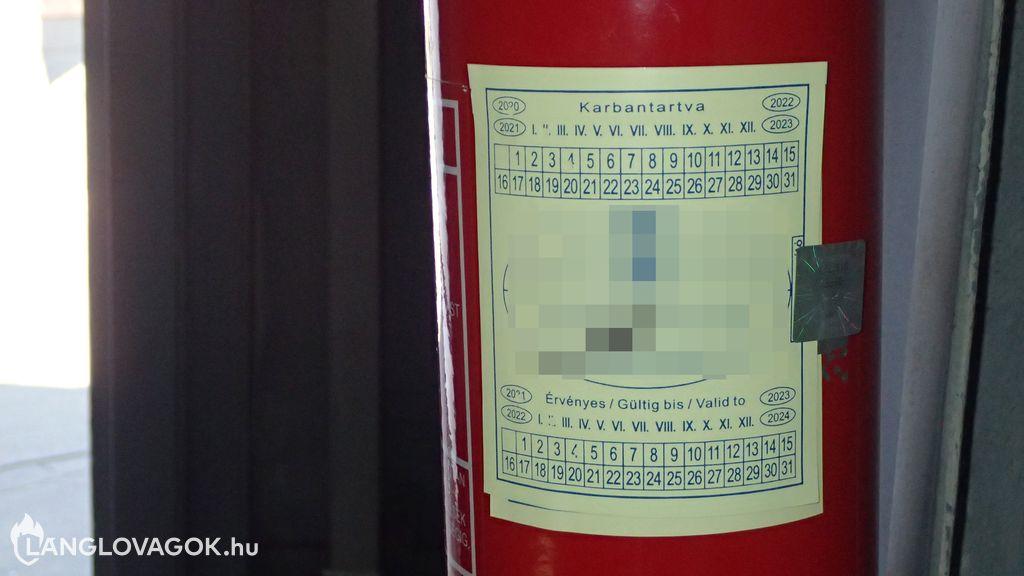 Halmozott alapkarbantartás a tűzoltó készüléken