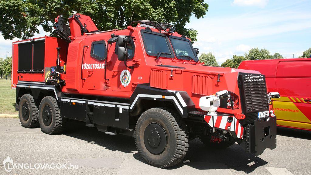 RDO-4336  cserefelépítményes páncélozott tűzoltógépjármű [RTX-859]