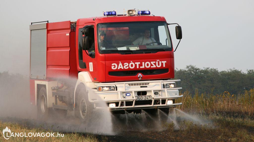 Renault vízszállító gépjármű [JGD-247]